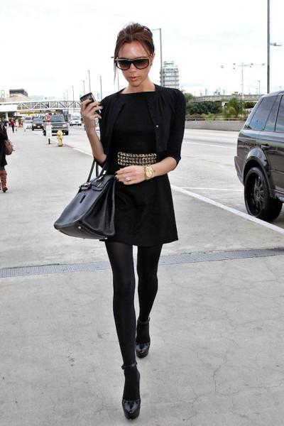 Robe noir et collant noir