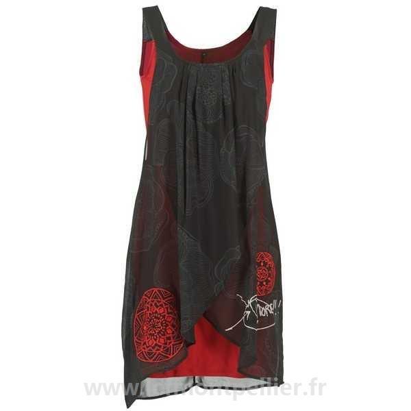 Robe noir et rouge desigual