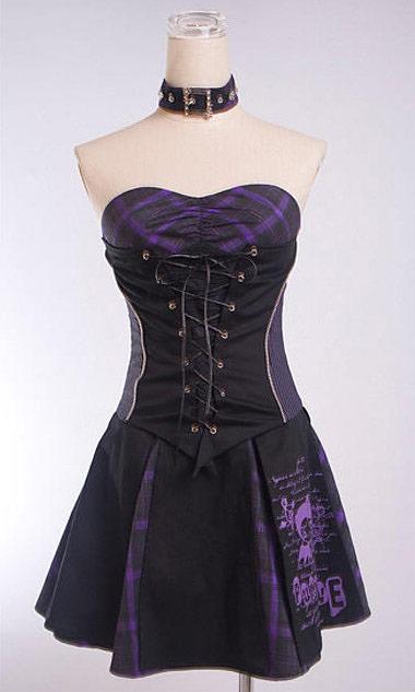 Robe noir et violet