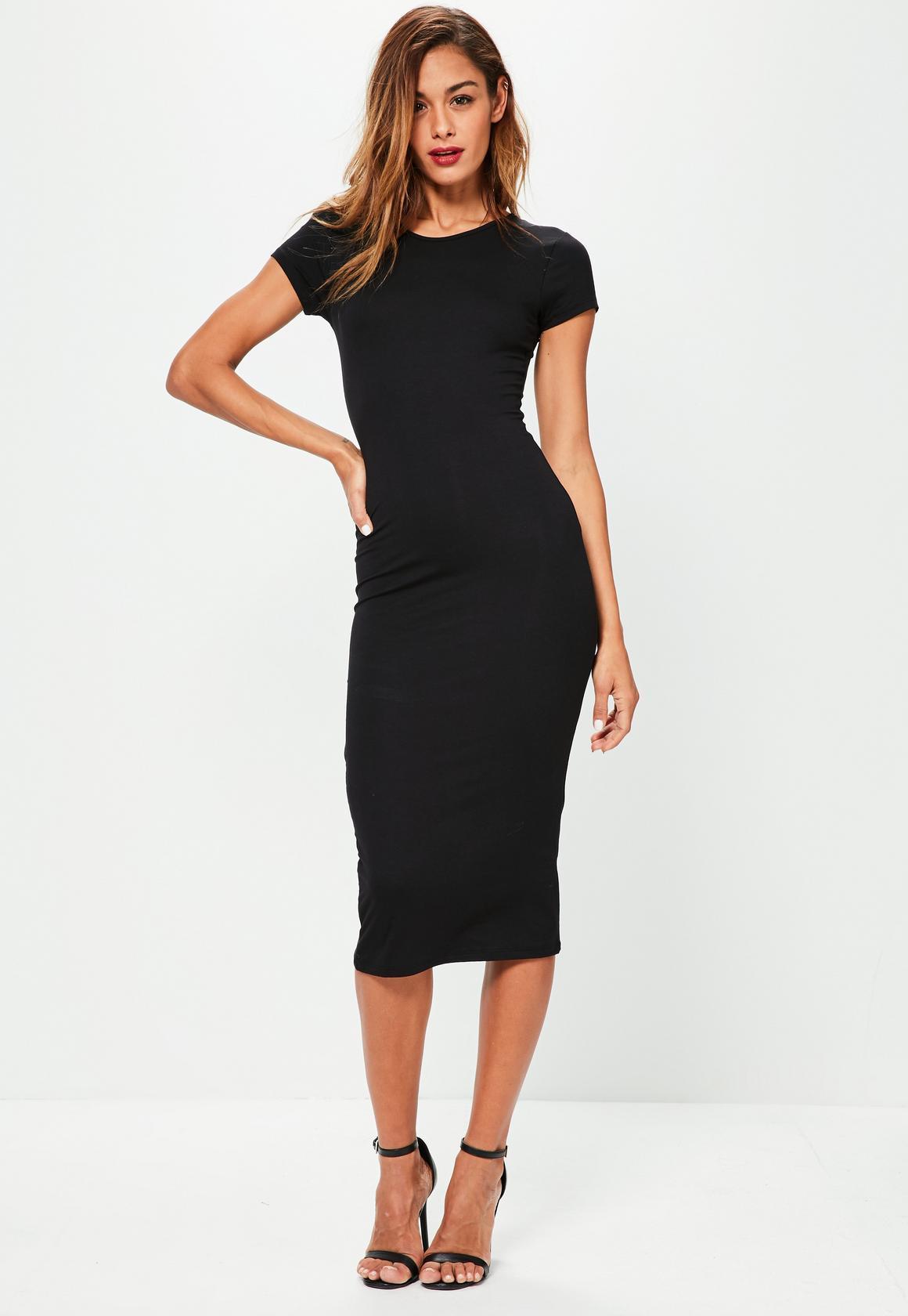 Robe noir manche courte
