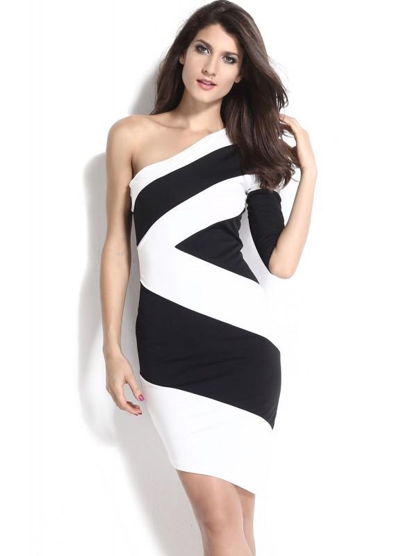 Robe noir ou blanche