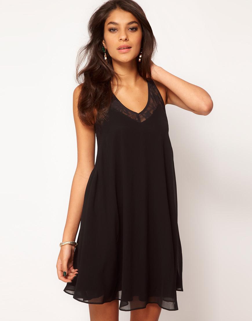 Robe noir pour les fetes