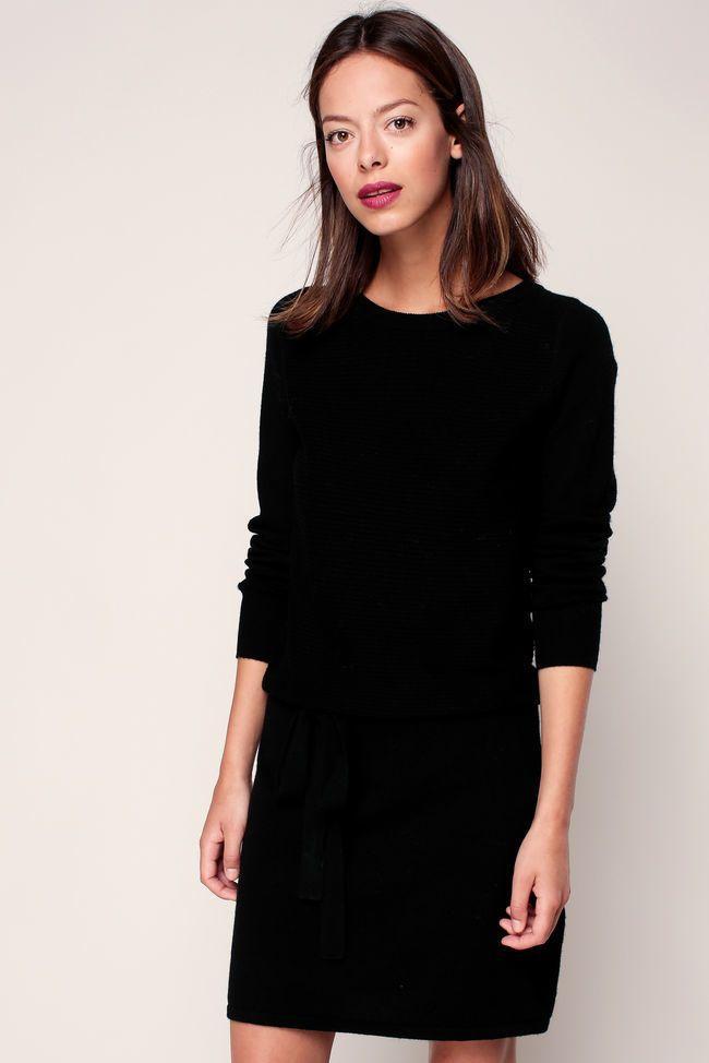 Robe noir pull