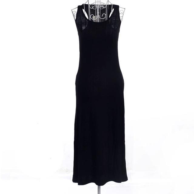 Robe noir serré