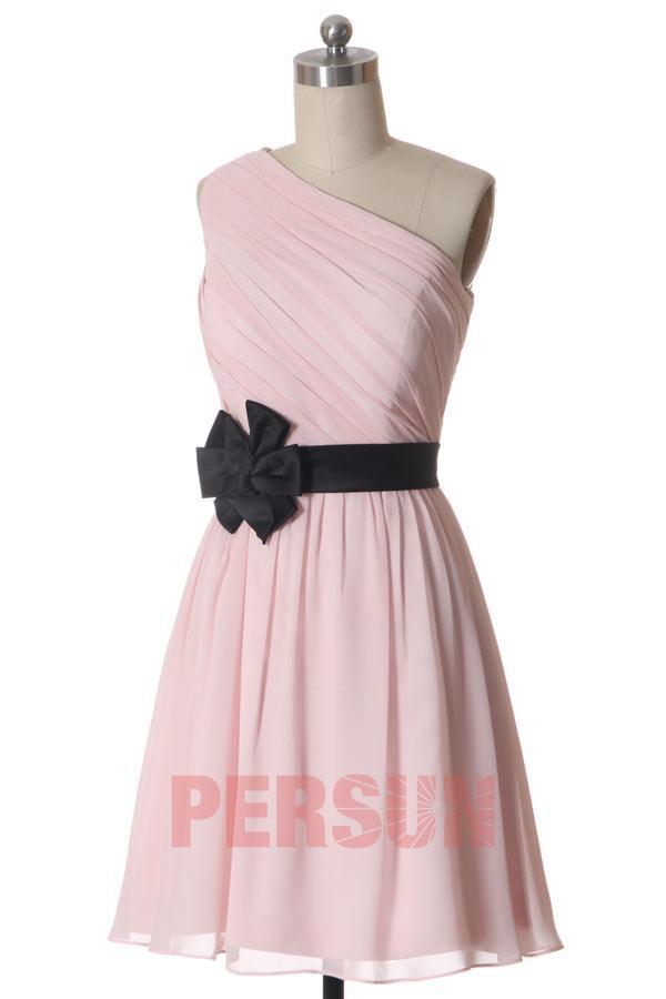 Robe rose pale et noir