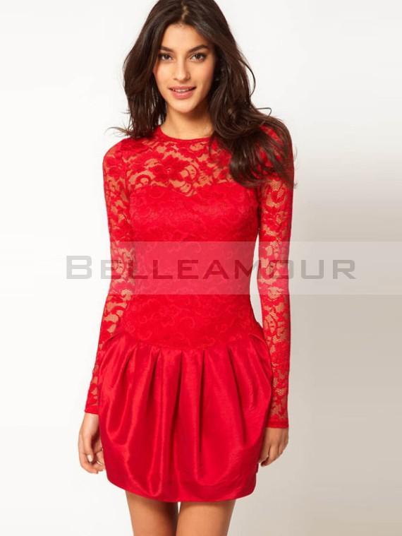 Robe rouge courte dentelle
