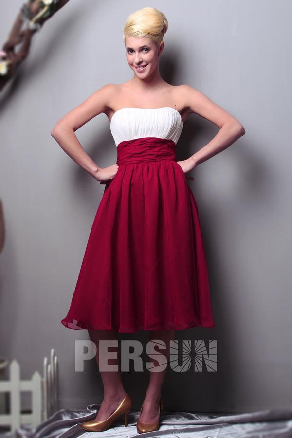 Robe rouge et blanche pour demoiselle d'honneur