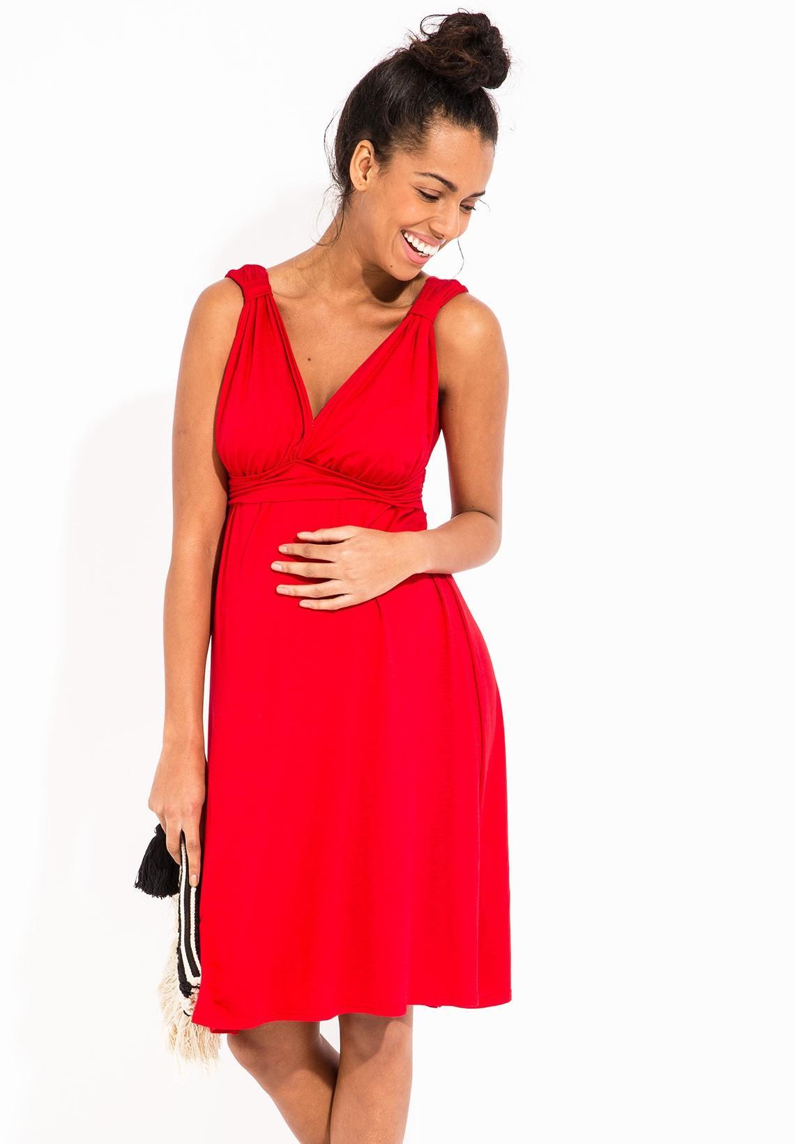 Robe rouge grossesse