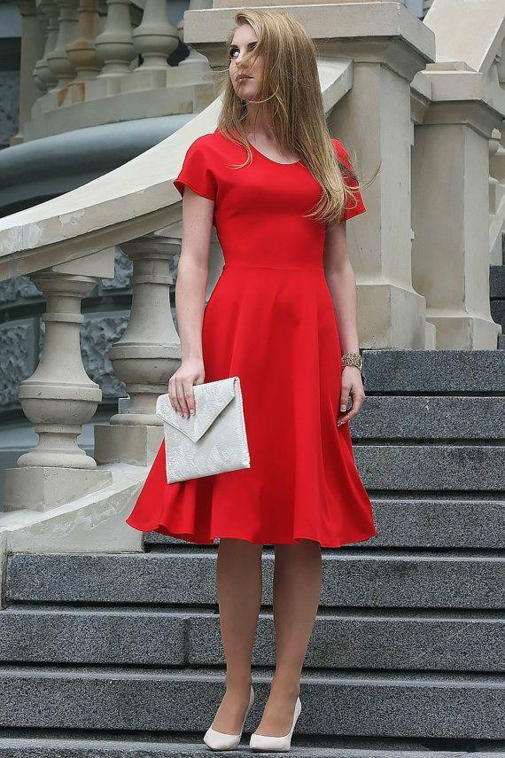 Robe rouge midi