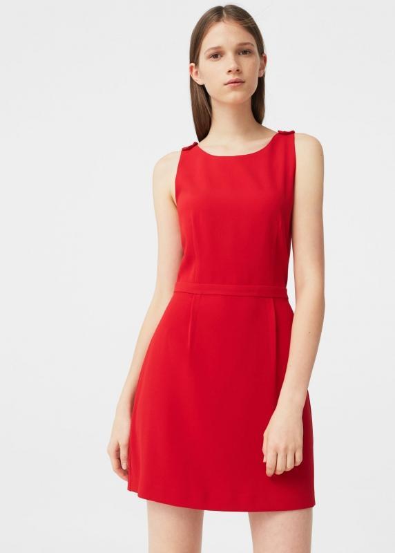 Robe rouge sans manche