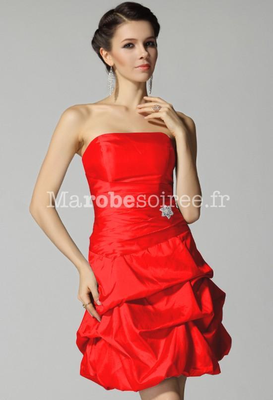 Robe temoin de mariage rouge