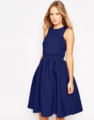 Une robe bleu