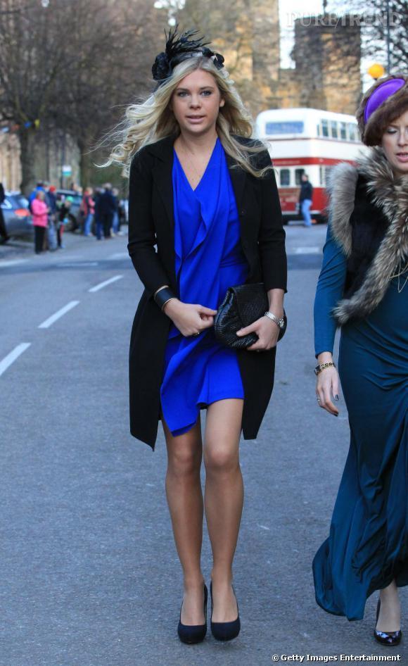 Veste robe bleu marine